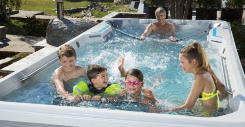 E500 Fitness Spa with Family
