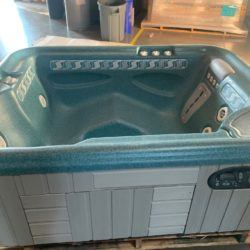 2000 jetsetter blue and redwood Hot tub spa