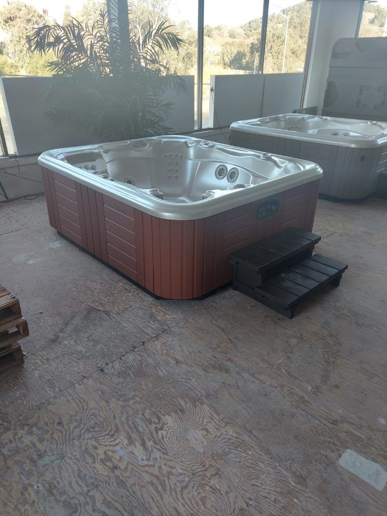 Sovereign hot tub outdoor showroom