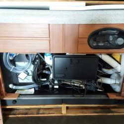 2006 Prodigy H1H1384 hot tub motor compartment